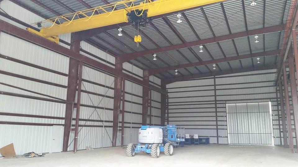 steel-building-with-overhead-crane-houston
